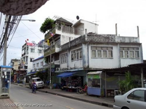 ขายตึกทำเลค้าขาย ใกล้ อัสสัมชัญธนบุรี 2 คูหา ม.เศรษฐกิจ  เยื้องบิ๊กซีเพชรเกษม อยู่ในย่านชุมชน ตลาดนัด