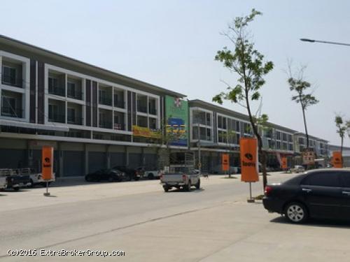 ขาย-ให้เช่า อาคารพาณิชย์ 3.5 ชั้น เหมาะทำธุรกิจการค้าต่างๆ ย่านตลาดไท แหล่งค้าส่ง