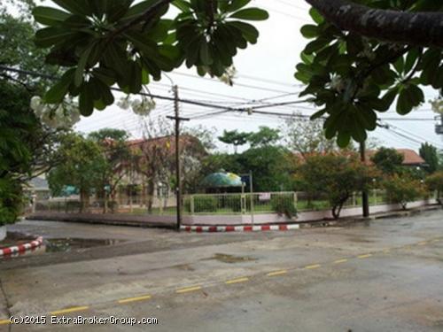 บ้านเดี่ยว 376 ตรว. ม.ล้วนพฤกษา เทพารักษ์96 หลังมุม ติดถนนเมน บรรยากาศร่มรื่น